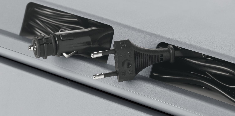 waeco k hlbox v30 30l vol dc 12v ac 230v elektr k hltruhe pkw camping kfz ebay. Black Bedroom Furniture Sets. Home Design Ideas